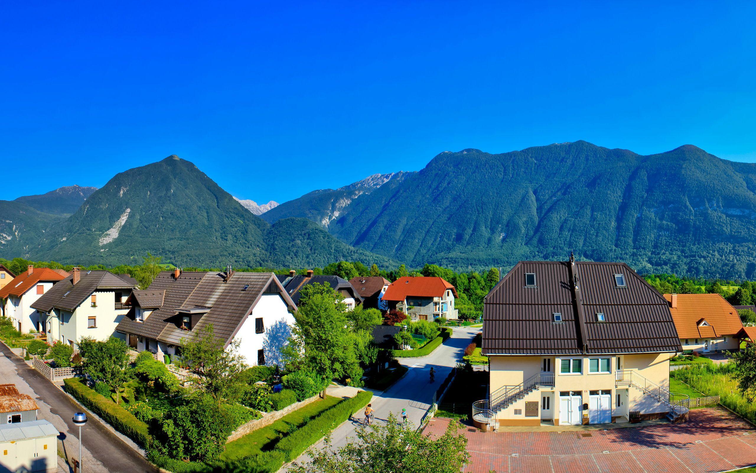 Иммиграция в Словению: преимущества и особенности
