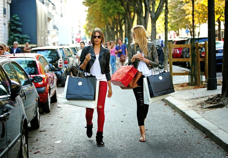 Картинки шоппинг в италии