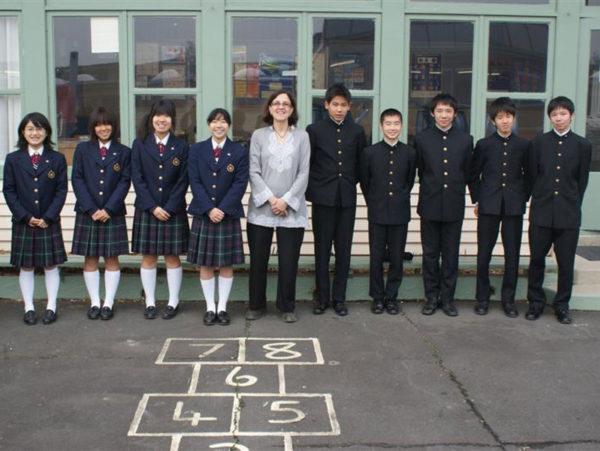 Учащиеся средней школы в Японии