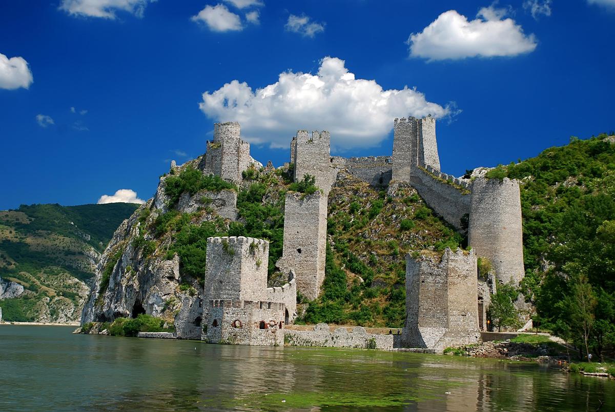 Особенности самостоятельного оформления визы в Сербию