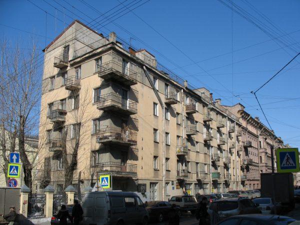 Дом «Слеза социализма» в Санкт-Петербурге
