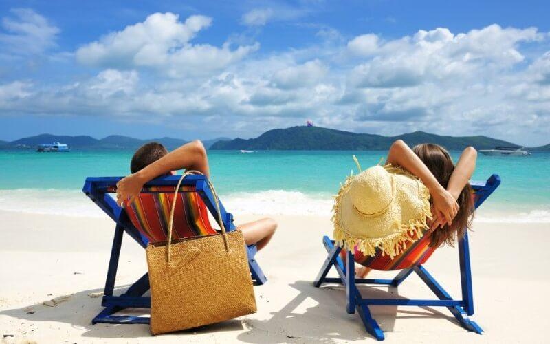Где можно отдохнуть за границей в апреле?