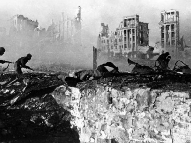 Знаменитые места Сталинградской битвы: тогда и сейчас
