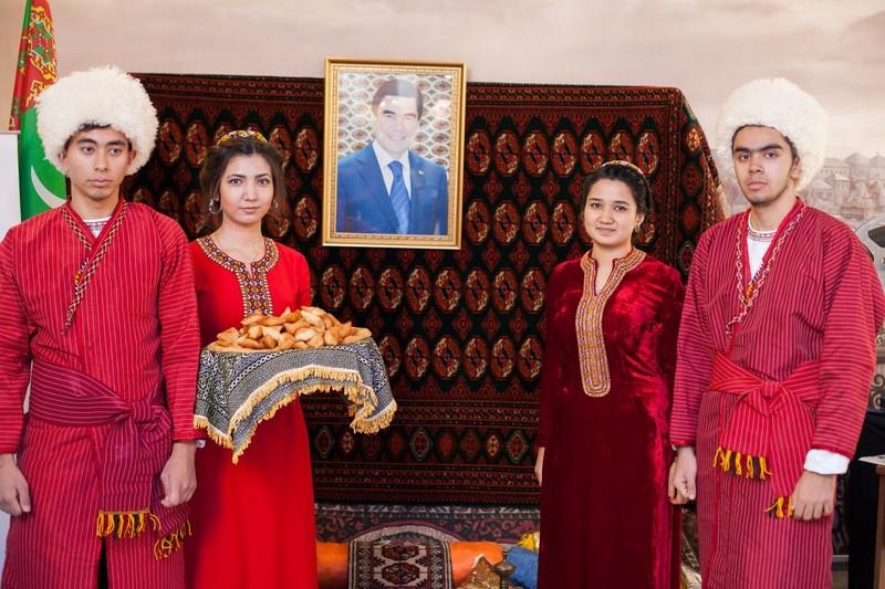 Почему туркмены не едут работать в Россию