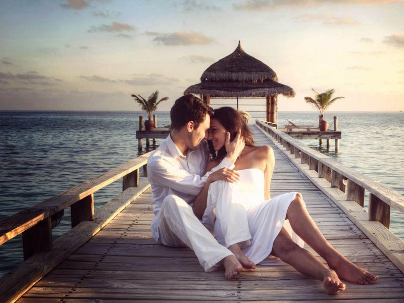 9 причин, по которым стоит заводить курортный роман
